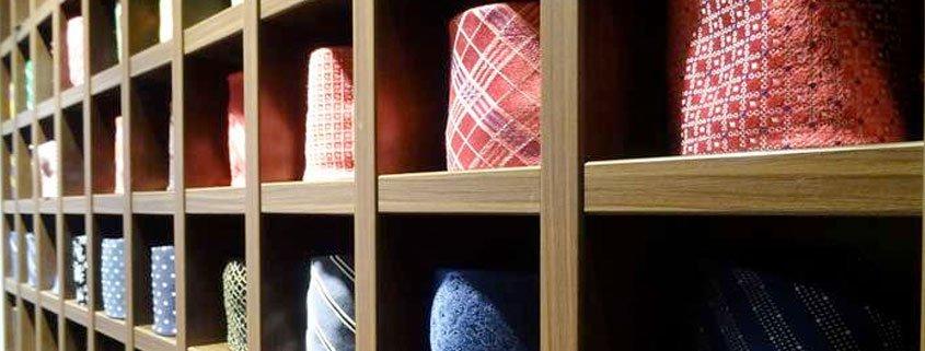 Krawatten und Einstecktücher bei Rebmann