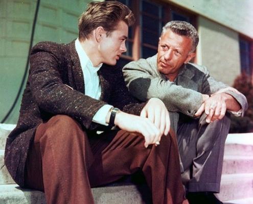 James Dean mit Weejuns Pennyloafern von G. H. Bass